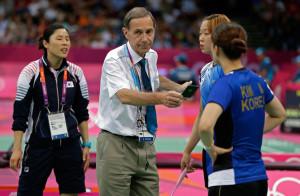 olympic-badminton-black-card
